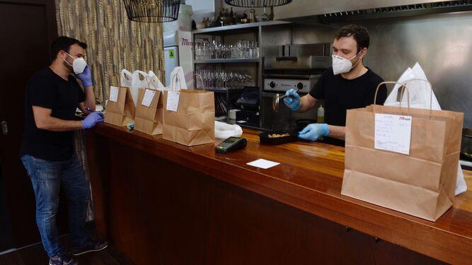 Restaurantes y bares, alternativas Covid servicio a domicilio